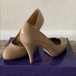 Madden girl nude patent faux leather pump